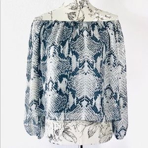 ❄️Adrienne snake print off the shoulder blouse
